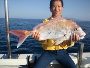 島本さん大真鯛72cmゲットおめでとうございます