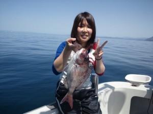 東さん娘さんのタイ43cm